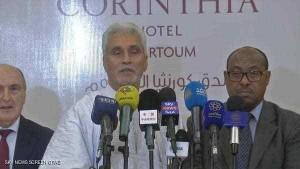 الدكتور محمد الحسن لبات خلال المؤتمر