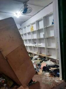 صورة لأحد المحلات المنهوبة
