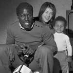 وفاة لاعب كرة قدم فرنسي بعد قضائه 39 سنة في غيبوبه
